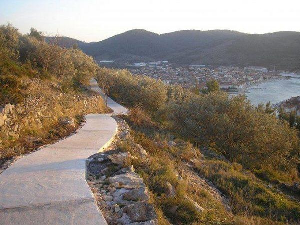 Vela spila Blue path Vela Luka Korcula